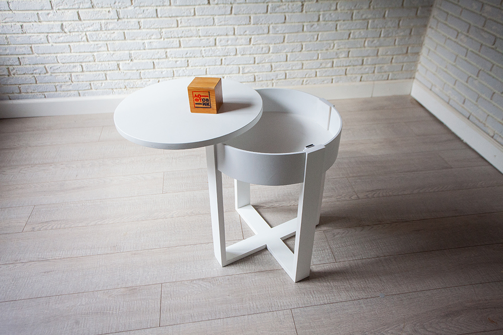 Столик «Кэп»