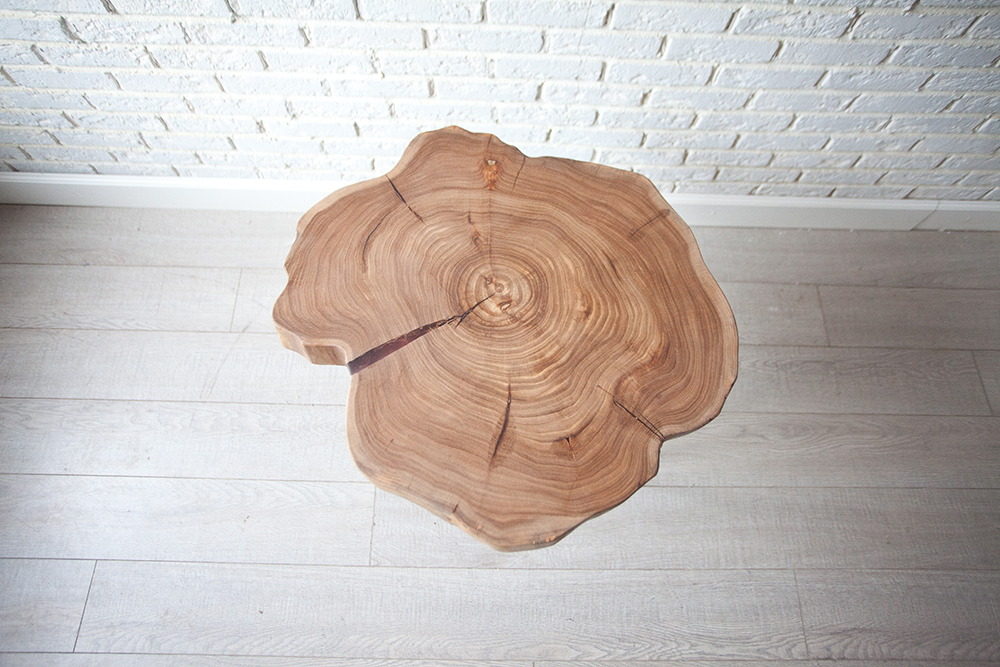 Столик из Карагача «Тимбер»